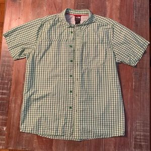 The North Face Men's Short Sleeved Shirt L Green